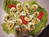 Jajka faszerowane pieczarkami i cebulką