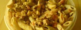 Sałatka makaronowa na ostro
